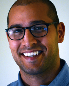 Dr. Max Villa