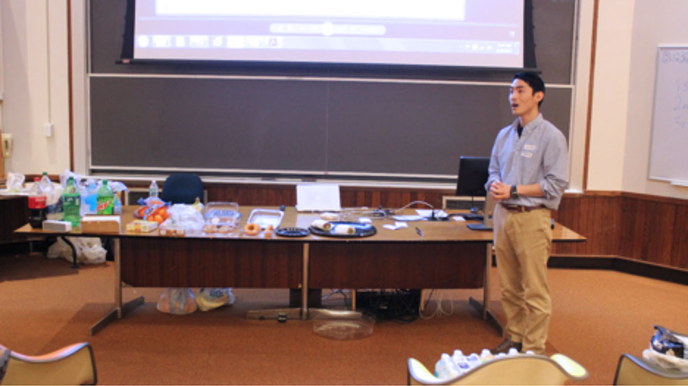 Gyuho Song, Ph.D. Student in Dr. Seok-Woo Lee's lab and MRS Chapter President, answers questions from undergraduates after his presentation.