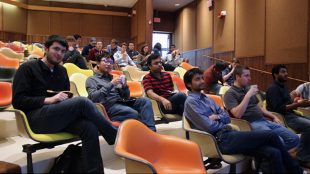 Graduate and undergraduate students gathered to enjoy the lab group presentations and vote for the most entertaining three at the recent MRS meeting.