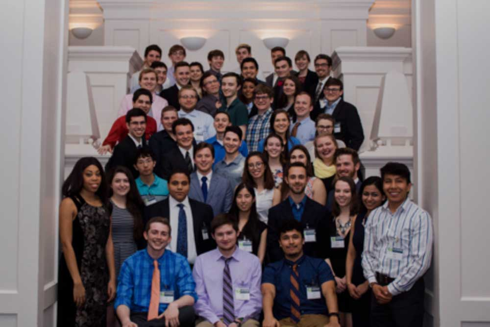 MSE undergraduates gathered for a group photo at the 2018 MSE Banquet.