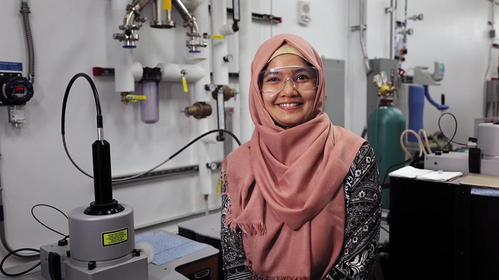 photo of MSE Graduate student Ummay Habiba at Additive Manufacturing Center (AMC) lab
